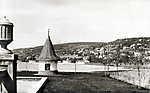 Balatonalmádi kikötő. Háttérben a Szent Imre-templom (1930) (id: 20203) poszter