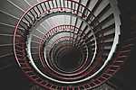 Piroskorlátos csigalépcső (id: 17608)