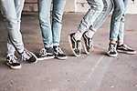 Partner Kollekció: Fiatalok - farmer + Vans tornacipő (id: 16934) poszter