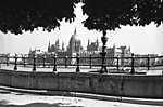 Bem (Margit) rakpart, szemben a Parlament (1939) (id: 19734) vászonkép óra