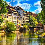 Strasbourg, a vízcsatorna a Petite France területen, az UNESCO h (id: 5138) bögre