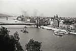 Kilátás az Erzsébet híd és a Bazilika felé (1939) (id: 19742) falikép keretezve