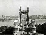 Erzsébet híd a Gellérthegyről nézve (1915) (id: 19745)