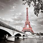 Eiffel-torony monokróm szelektív színezék (id: 5058) többrészes vászonkép