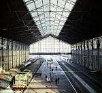 A Nyugati pályaudvar csarnoka a rekonstrukció után (1980) (id: 22464) bögre