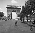 Párizs a Diadalív a Champs Élysées-ről nézve (1938) (id: 20289) falikép keretezve
