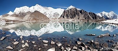view of Cho Oyu mirroring in lake, Premium Kollekció