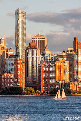 Lower Manhattan Skyline at golden hour, NYC, USA, Premium Kollekció