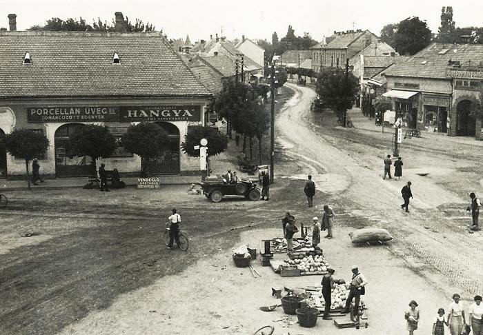 Siófok Fő tér, szemben a Fő utca a Sió felé nézve (1925), FORTEPAN