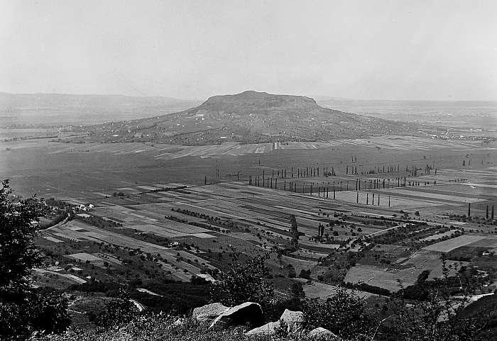 Kilátás a Badacsonyról a Szent György-hegy felé 1934, FORTEPAN