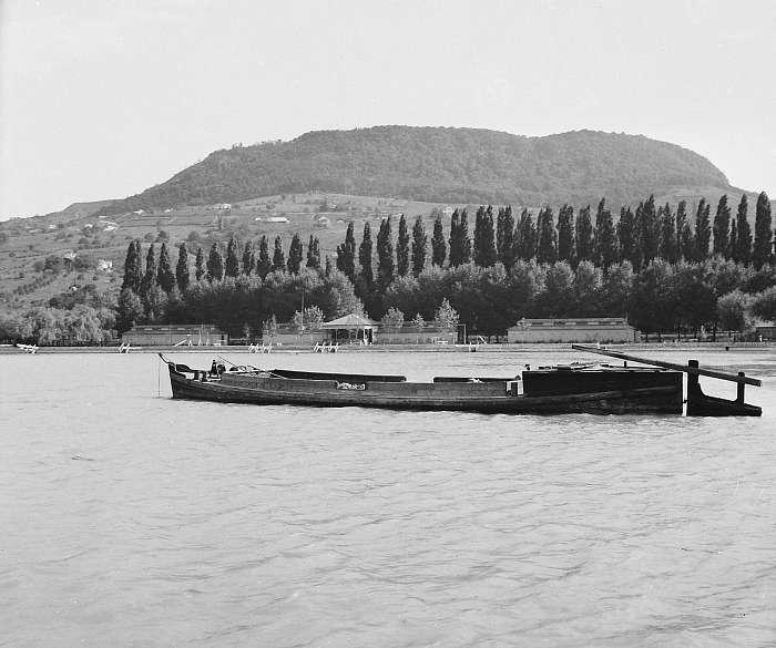 Badacsony a Balatonról nézve (1936), FORTEPAN