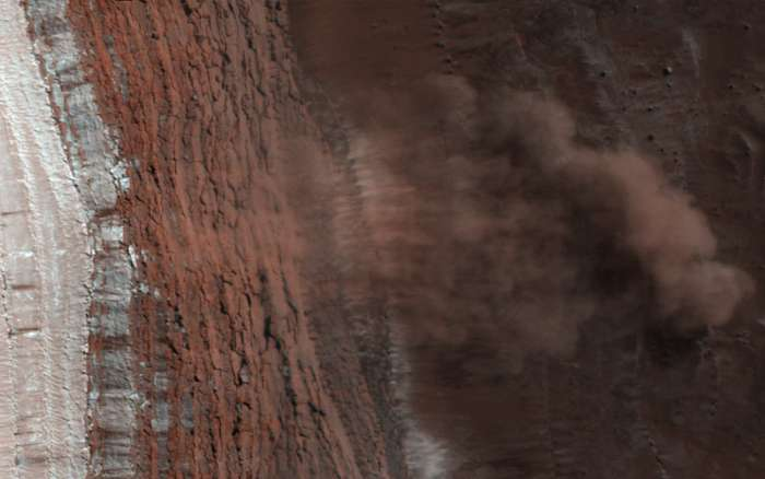 Akció közben: Porlavinák a MARS északi pólusánál, Fotóművészek