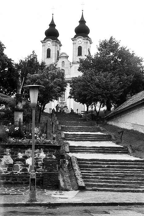Lépcsősor a Tihanyi Apátsághoz (1974), FORTEPAN