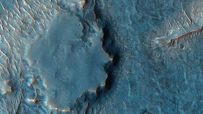 Inverz topográfia, Juventae Chasma, Mars felszín, Fotóművészek