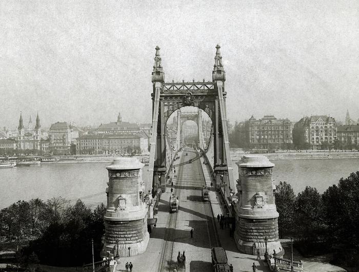 Erzsébet híd a Gellérthegyről nézve (1915), FORTEPAN
