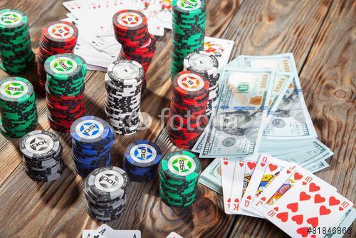 Zsetonok, kártyák és pénzpóker, Premium Kollekció