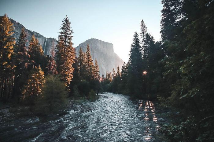 Yosemite Nemzeti Park napfelkeltében, Partner Kollekció