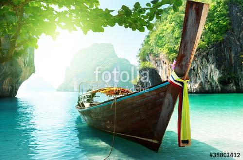 boat and islands in andaman sea Thailand, Premium Kollekció