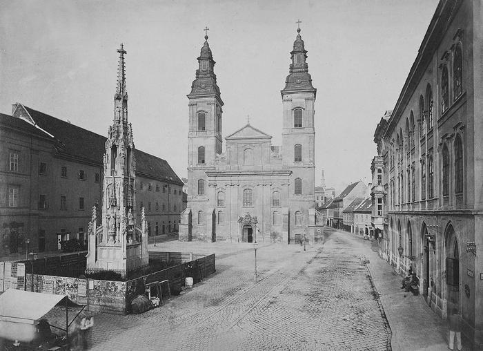 Március 15 (Eskü) tér, Belvárosi Nagyboldogasszony Főplébánia (1880-1890 között) - színverzió 1., FORTEPAN
