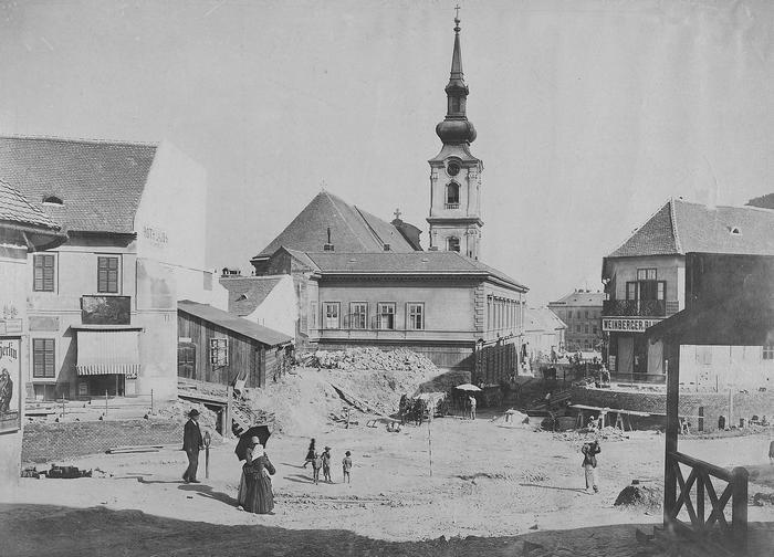 Tabán, Szarvas tér a Döbrentei tér felé nézve (1894) - színverzió 1., FORTEPAN